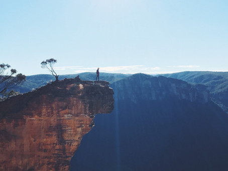 Hanging Rock: The Blue Mountains best view