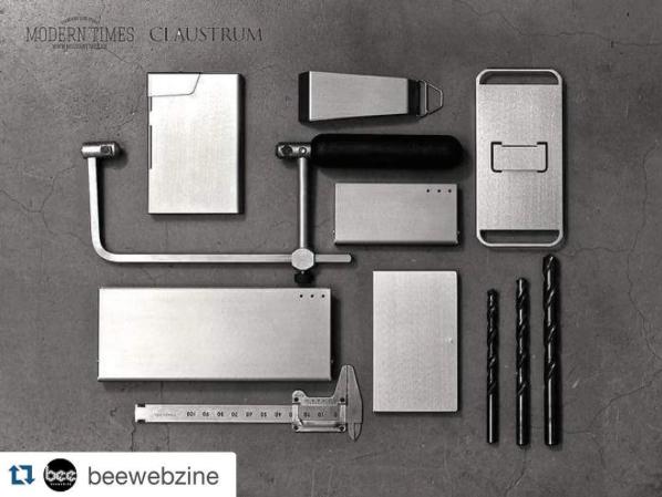 Beewebzine - Claustrum