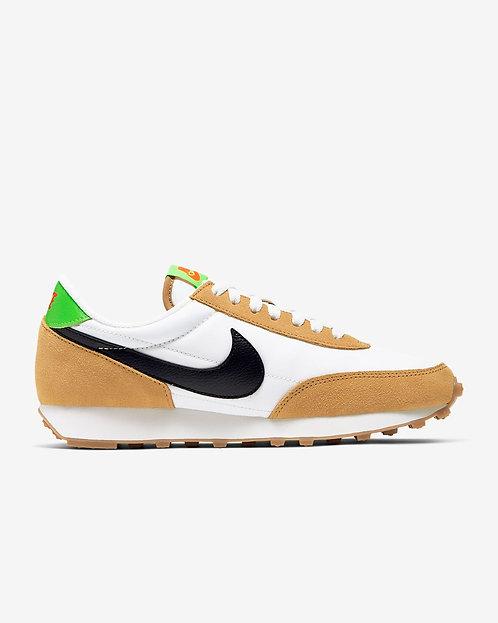 Nike Daybreak W - Wheat