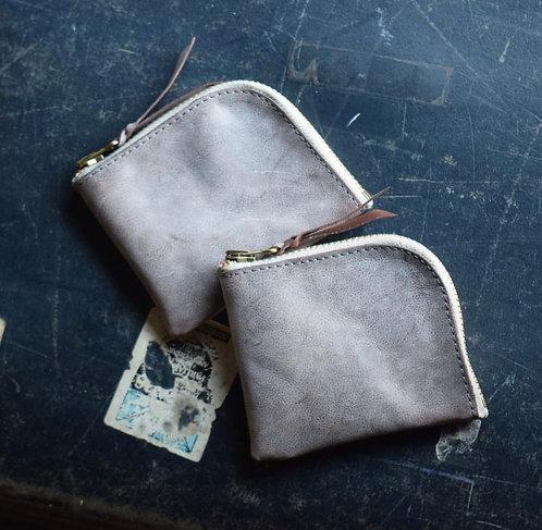 Roberu Italy Vachetta Leather New Short Zip Wallet - Gray