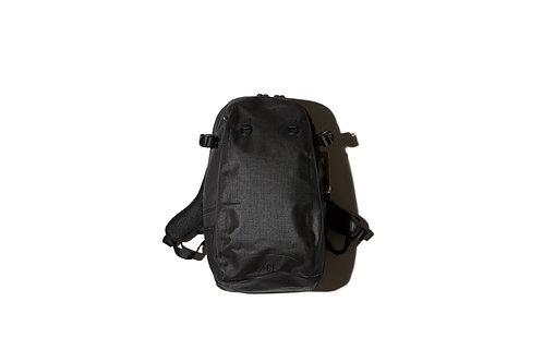 F/CE. No Seam Day Pack - Black