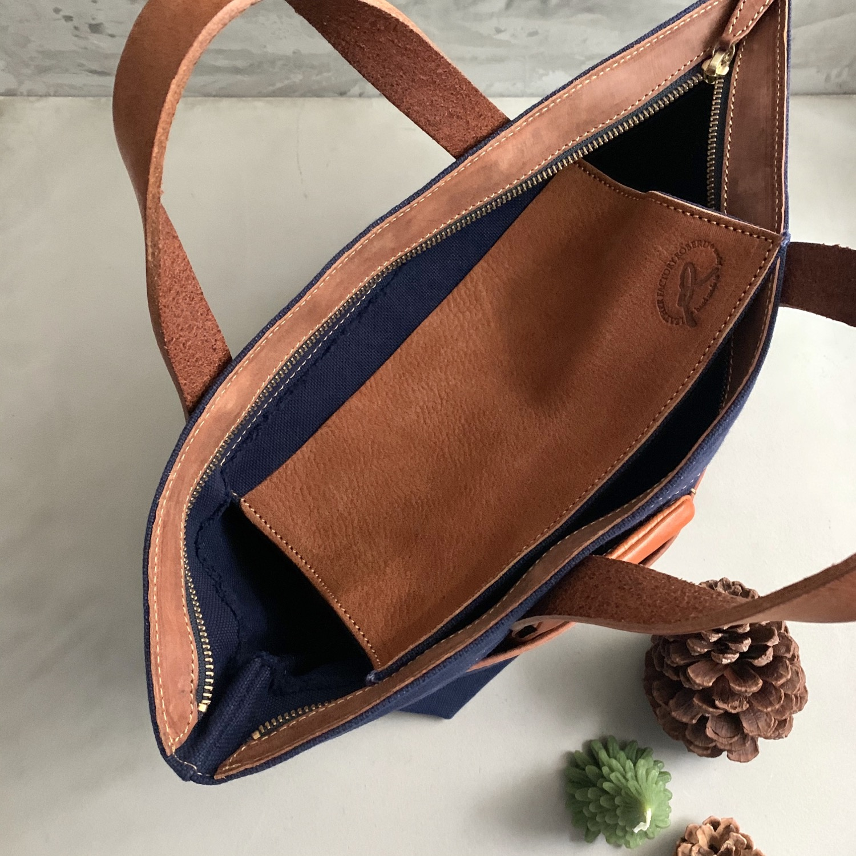 Thumbnail: Roberu Washed Canvas Multi Pocket Bag - Navy