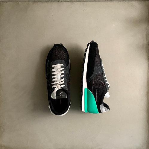 Nike Daybreak Type - Black