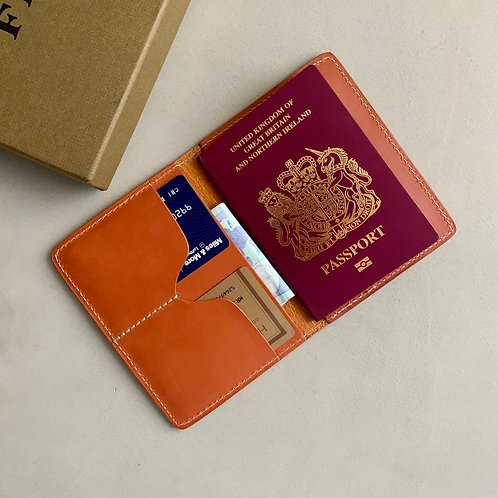 Filson Bridle Leather Passport and Card Case - Tan