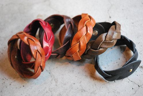 Roberu Braided Leather Bracelet