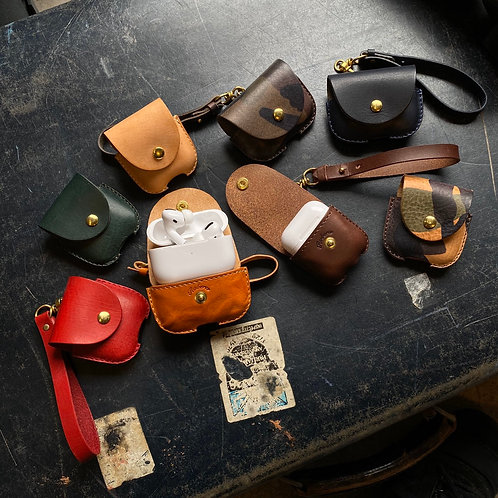 Roberu Italy Leather AirPods / AirPods Pro Case
