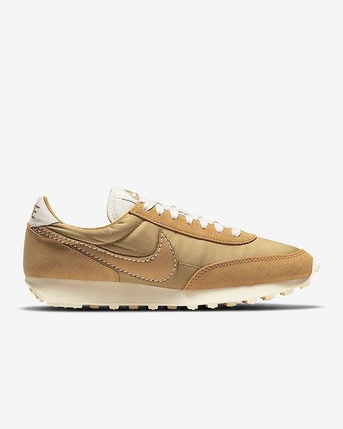 Nike W Daybreak - Wheat