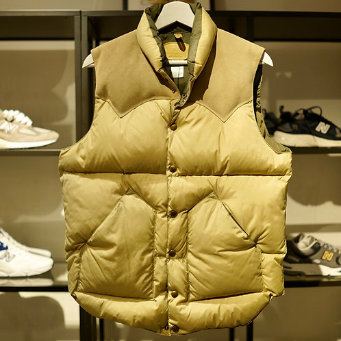 Rocky Mountain Featherbed ×Beauty and Youth United Arrows Down Vest