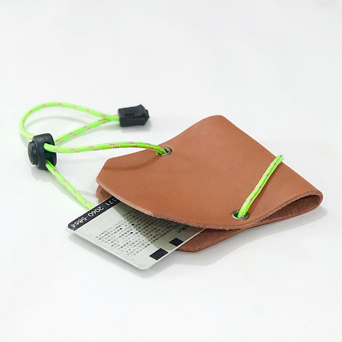 Armadillo Outdoor Card Case