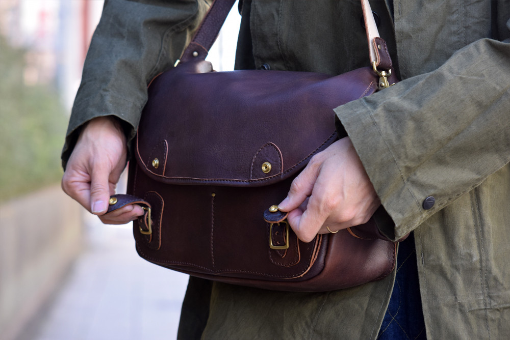 Roberu Shoulder Gadget Bag