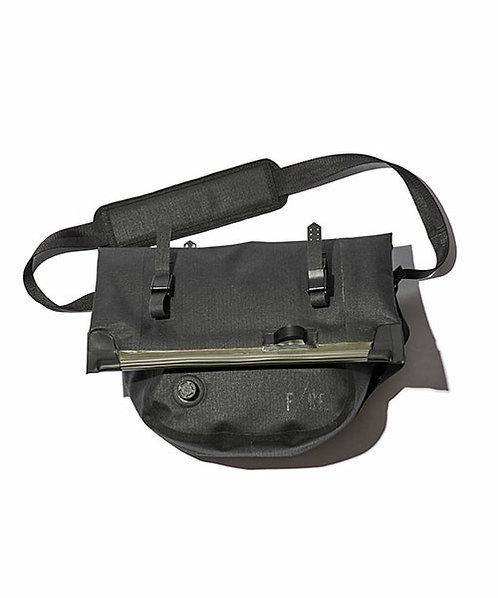 F/CE. No Seam Shoulder Bag - Black