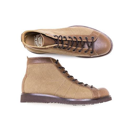 Anchor Bridge Mountain Boots
