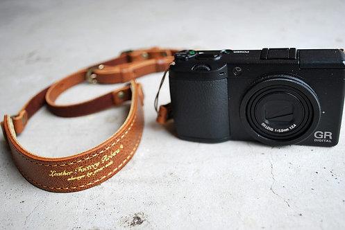 Roberu Compact Camera Strap - Classic Brown