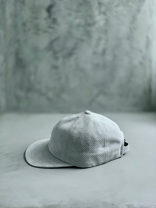 Morno Punching Suede Baseball Cap - White
