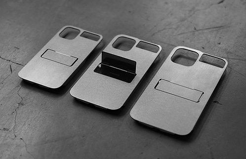 Claustrum Flap 12 mini / 12 / 12 Pro / 12 Pro Max iPhone Holder