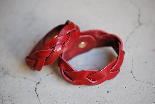 Roberu Braided Leather Bracelet - Red