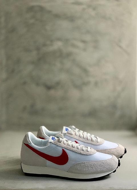 Nike Daybreak - White / University Red