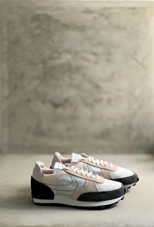 Nike Daybreak Type - Summit White