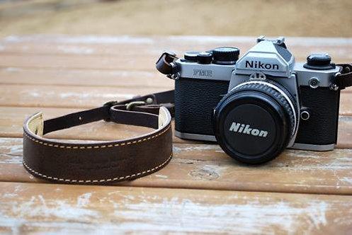 Roberu Oil Leather Camera Strap - Moca Brown