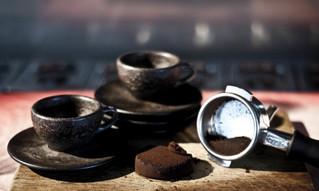 Чашки из кофейной гущи