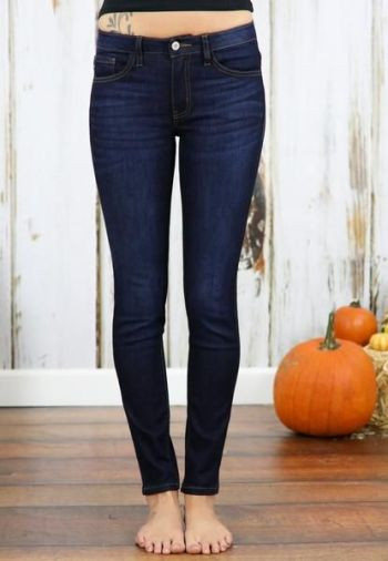 We love KanCan jeans! The premium denim has the perfect amount of stretch making it comfortable enough to wear all day! The dark wash is a wardrobe must for the Winter season.: