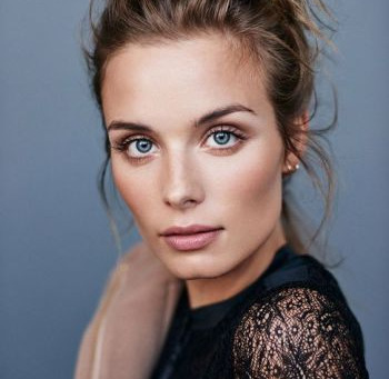 The Trick to Mastering the 'Natural' Look