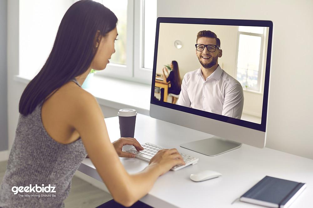 5 Top Ways to Avoid the Embarrassment of an Unexpected Zoom Interview - geekbidz