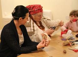 Работа со славянской куклой Берегиня
