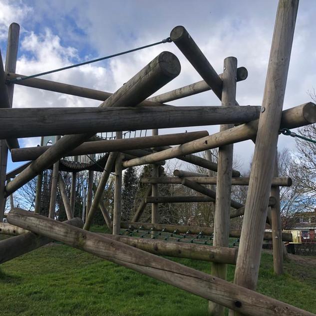 Log Climb