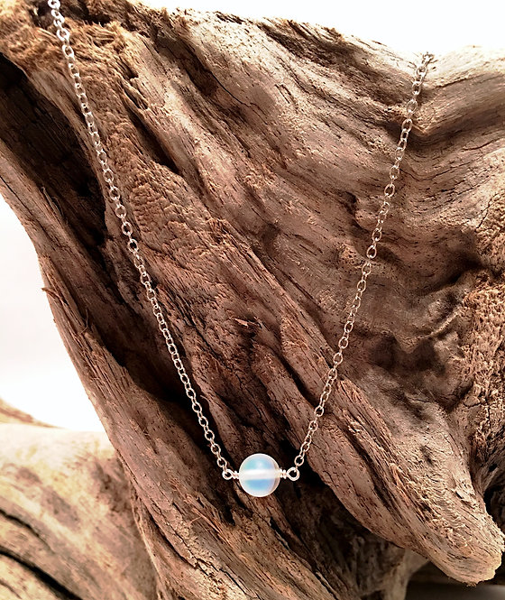 Single Moonstone Summer Glow Necklace