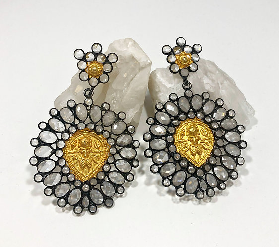 Designer Collection * Vintage Glass Mixed Metal Earrings
