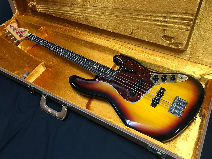 Fender USA American Vintage Jazz Bass 商談中