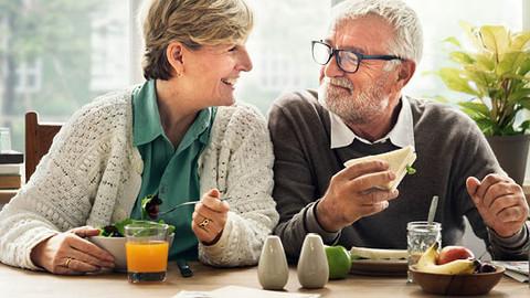 Como os alimentos contribuem para uma longevidade mais saudável e a prevenção de doenças crônicas