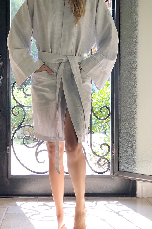 SILVER LUXE METALLIC LINEN SHORTY ROBE