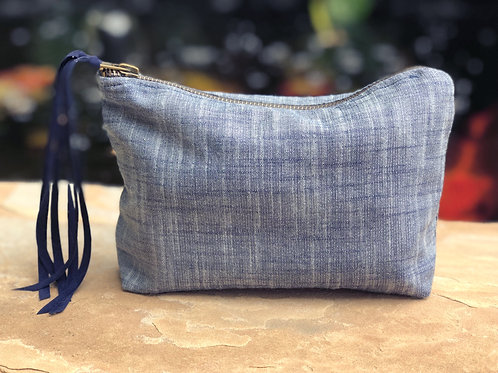 NAVY LUXE LINEN METALLIC ACCESSORY BAG