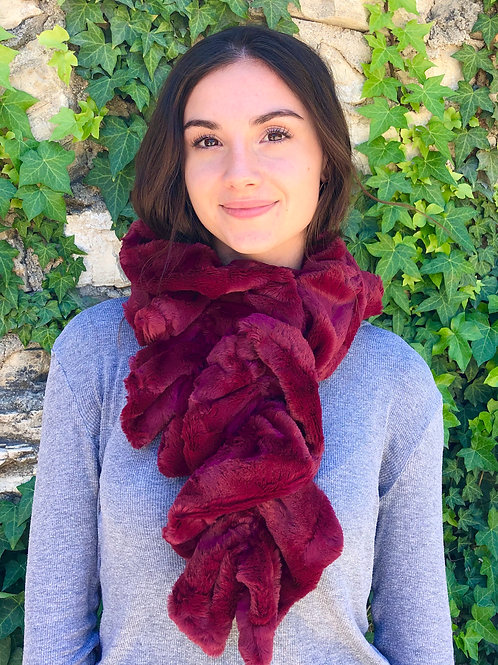 CRIMSON NECK WARMER