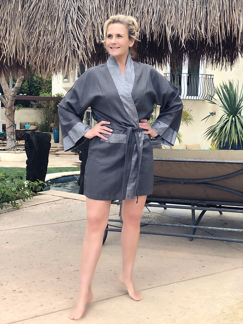 CHARCOAL LUXE LINEN SHORTY ROBE