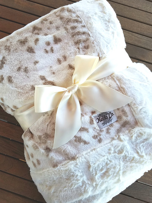 SNOW LEOPARD COUTURE THROW