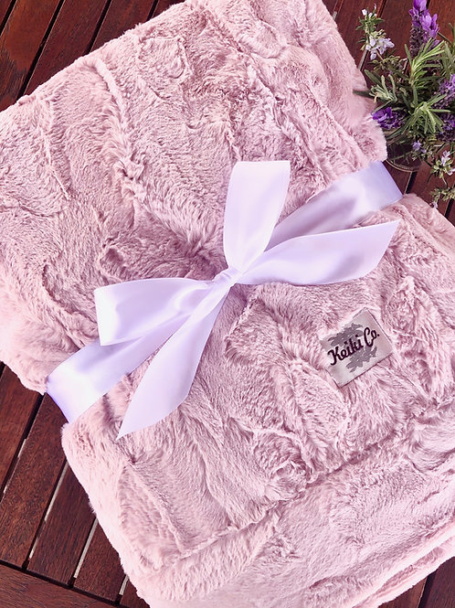 BLUSH BELLA COUTURE THROW