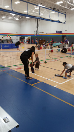 I have no idea how to play pickleball.