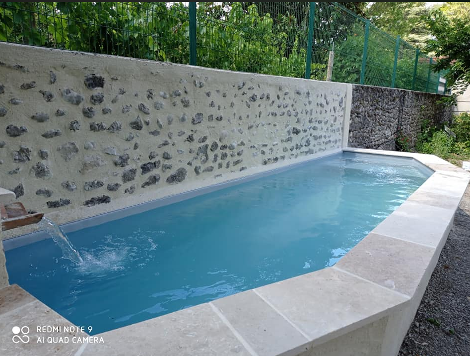 Bleu Azur Piscine-Transformation d'un ba