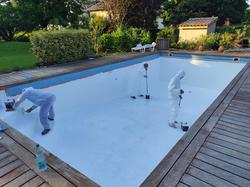 Rénovation piscine en béton armé avec polyester et gelcoat de finition-1