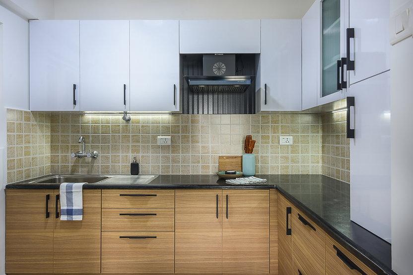 White and wood kitchen.jpg