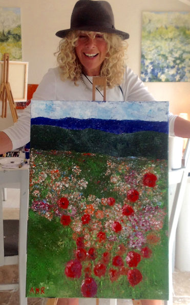 Happy artist at Art by Wietzie painting