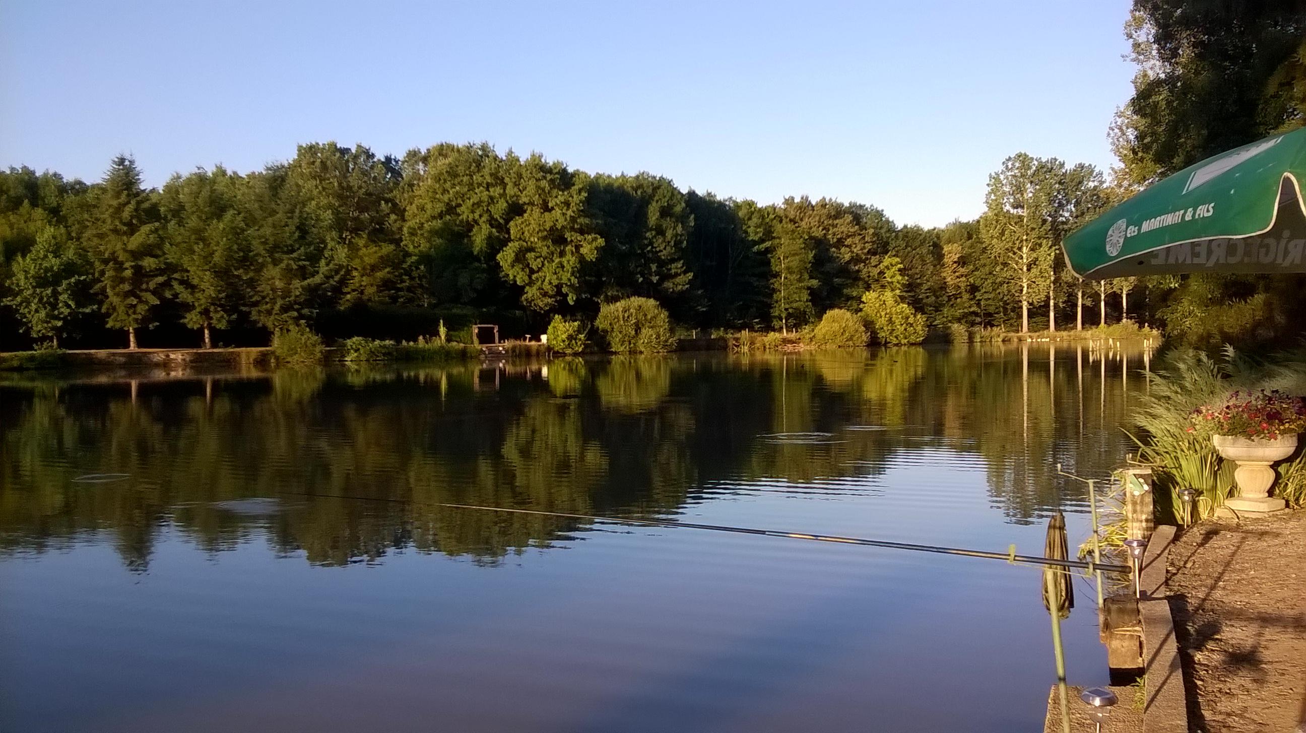 Chalet pêcher la carpe en France