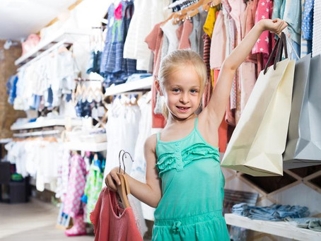 How to Save Money and Get the Best Deals on Kids' Clothes While Shopping Online