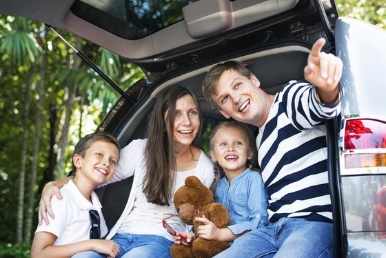 How to Keep You and Your Family Safe When Traveling to Your Vacation Spot by Car