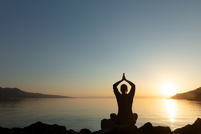 Yoga_Q02.jpg