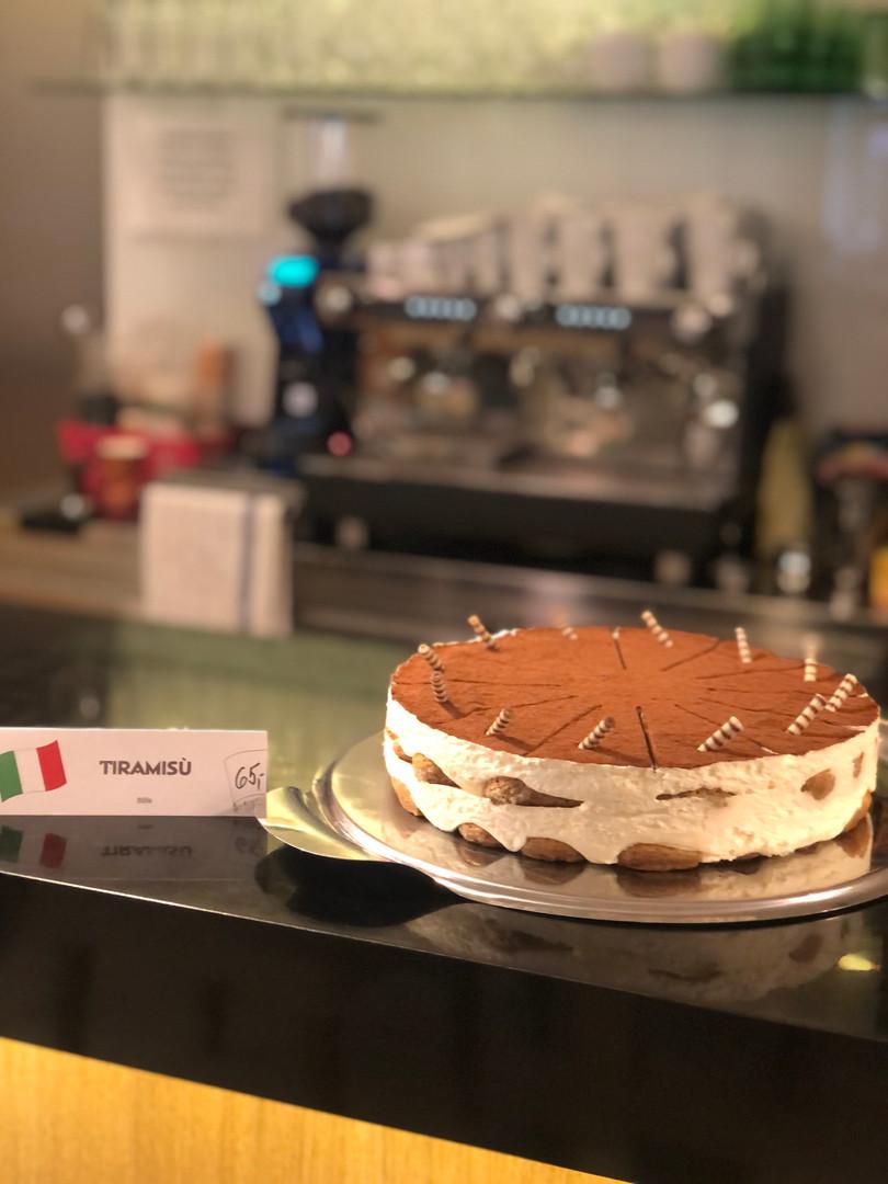 Tiramisu Security Space&Café