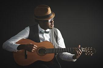 Guitar player for wedding ceremony